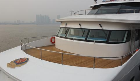 武汉南华海事巡逻艇柚木甲板案例