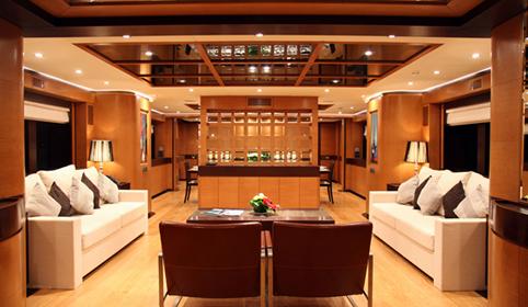 先歌游艇柚木甲板案例
