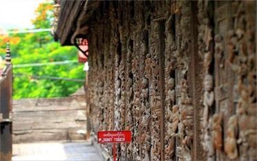 用缅甸柚木打造的不腐金色宫殿